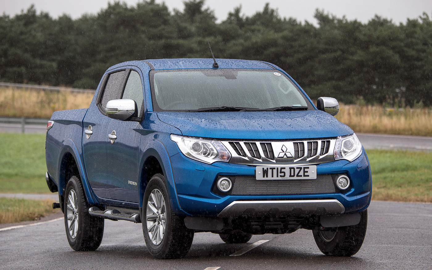 Mitsubishi L200 2.5di-d Warrior Double Cab